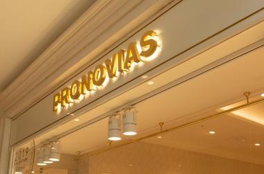 lightonlighting-referanslar-pronovias7